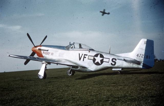 Mustang p 51d 20 na 44 72181 sunny viii