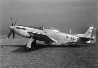 Mustang p 51d swiss j 2003 2