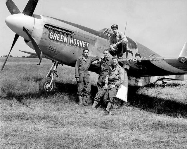 P 51b the green hornet lt john stricker 382nd fs