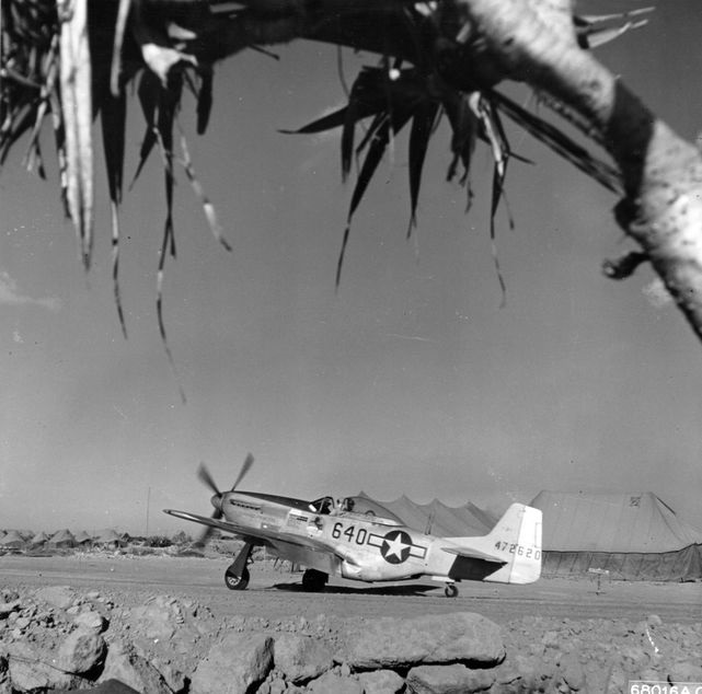 P 51d 44 72620 462nd fs 506th fg iwo jima 1945