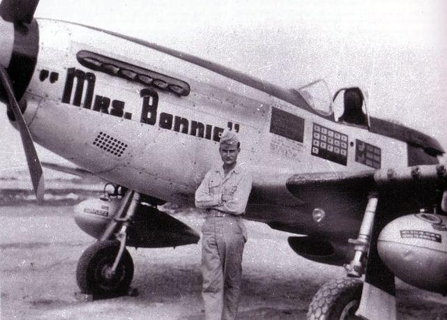 P 51k mustang mrs bonnie 348 fg
